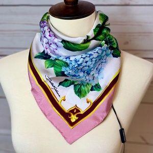 NWT $295 DOLCE & GABBANA Blue Hydrangea Silk Scarf